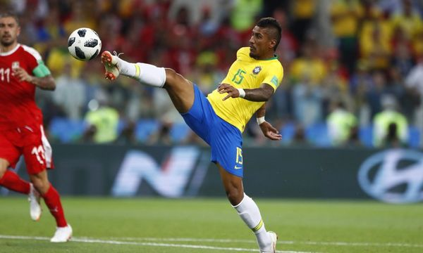 Paulinho negocia volta à China