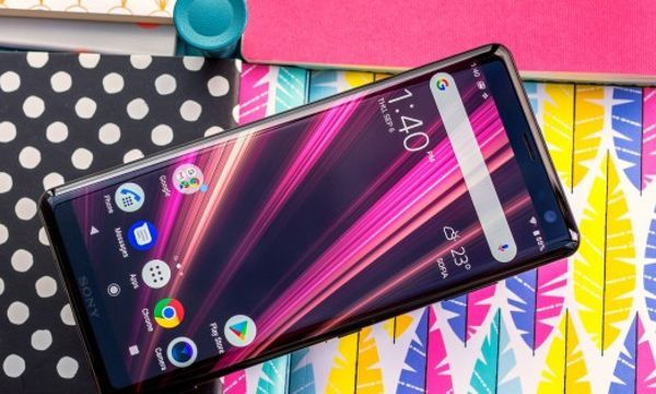 Sony Xperia XZ3 is finally available in the US, yours for $899.99